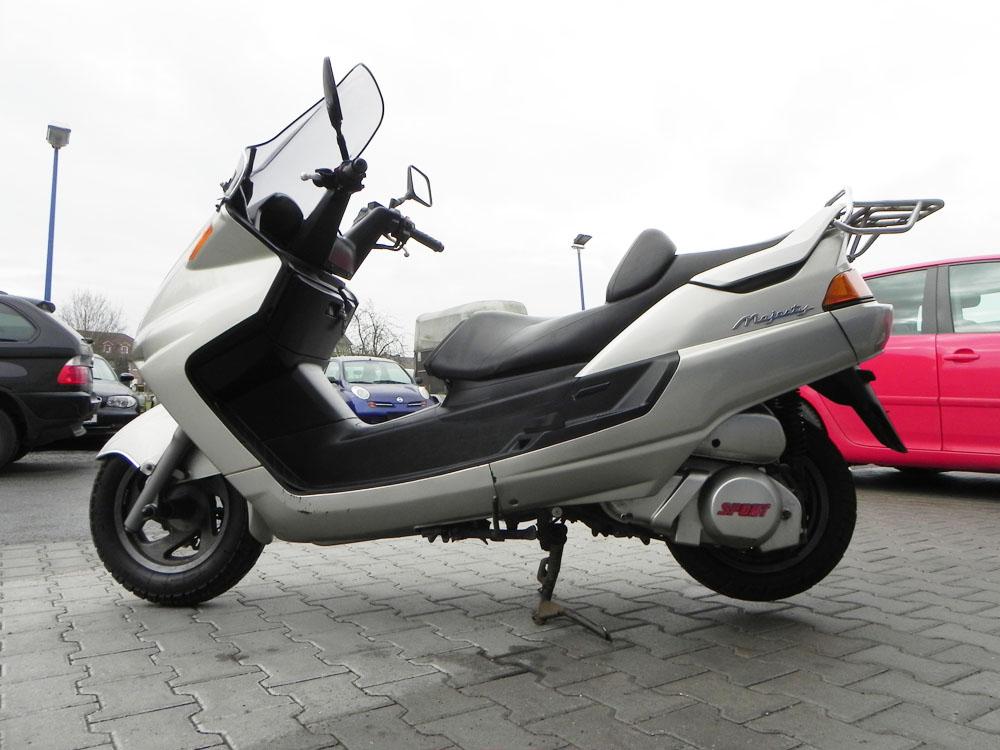 yamaha majesty 250 motorroller roller scooter gebraucht t v neu 250ccm top ebay. Black Bedroom Furniture Sets. Home Design Ideas